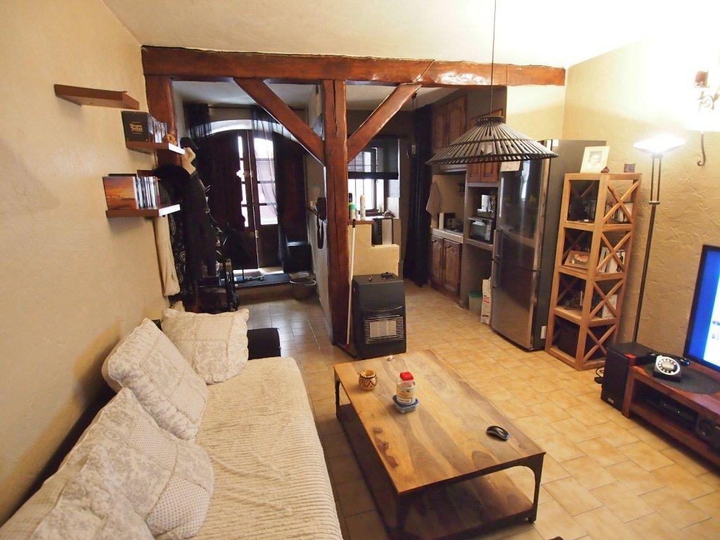 Vente st jeannet et environ appartements et villas louer for Location appartement bordeaux et ses environs